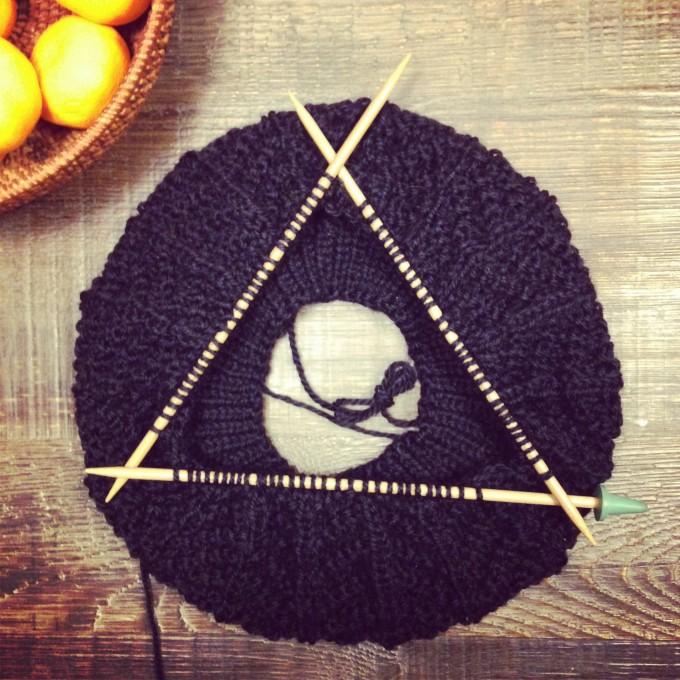 趣味は編み物です。
